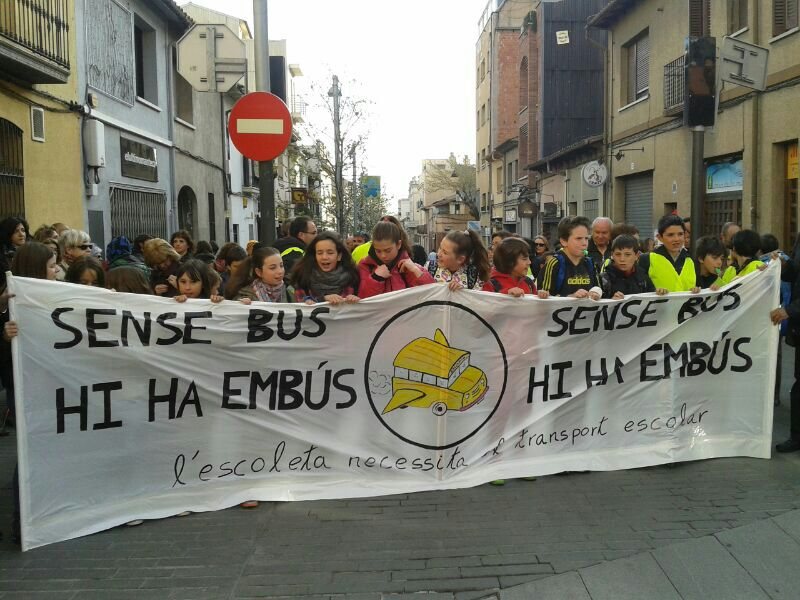 Manifestació pels carrers de Cerdanyola