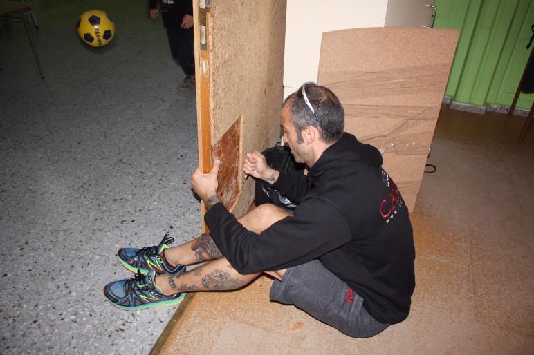 Pintant parets i portes